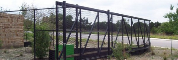 Transport link chain cantilever gate ameristar