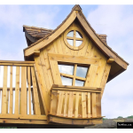 The 4 Kids - Tree House - Faux Balcony