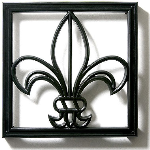 Pineapple Grove Designs - Fleur-de-Lis Grille-049